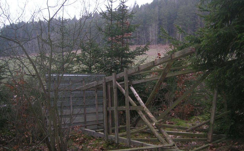 Torres de caza derribadas en la República Checa.